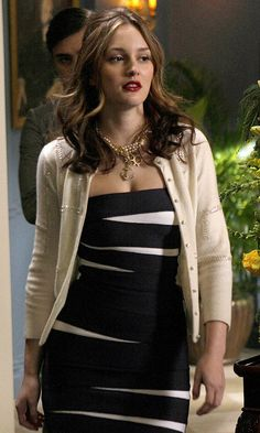 Leighton Meester As Blair Waldorf Looks Stunning In A Herve Leger Dress And Glossy Red Lips, 2009
