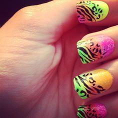 My rainbow lepord nails(: