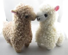 This Crochet Bobble Sheep Pillow is button cute and perfect for snuggling! Check out this FREE Pattern now.