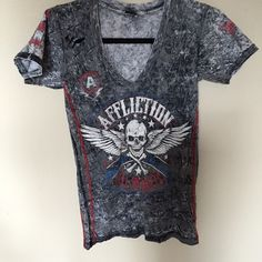 Affliction distressed skull tee Like new worn once.   No defects. Affliction Tops Tees - Short Sleeve