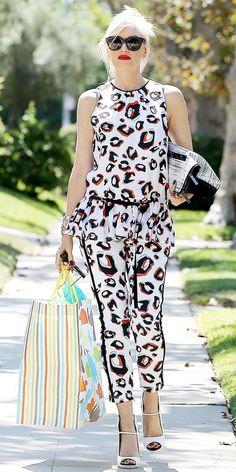 Gwen Stefani     #fashion #outfits