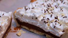 Per gli amanti del cioccolato kinder la ricetta della crostata kinder nutella e latte. Una torta che credo sia l'apoteosi del piacere in quanto unisce kinder ciocolato, nutella e latte. Un dolce adatto ad ogni età da servire in ogni ocacsione . Buona ricetta!   ##delicious ##fashionfood ##foodgasm #companion #crostatakinder #cucinaitaliana #cuisinecompanion #Dessert #food #foodblogger #foodporn #icompanion #icuco #instafood #italianfood #kindercioccolato #moulinexicompanio
