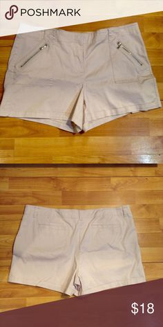 Light Pink Shorts These super cute shorts feature zipper accented front pockets. Gently used a couple of times (This closet does not trade or use PayPal) New York & Company Shorts Jean Shorts