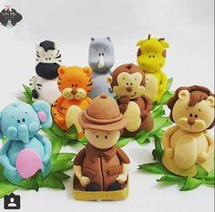 T Safari Birthday Cakes, Safari Theme Party, Jungle Party, Party Themes, One Year Birthday, Fondant Animals, Chocolates, Fondant Figures, Zoo Animals