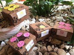🛍 Empaques para ocasiones especiales 🐶 🍪 Galletas 100% Naturales para nuestr@ Mejor Amig@ 🐶 Libres de: aditivos, colesterol, conservantes, azucar y harina 🏡 Hechas en casa como las de la 👵🏻 abuela 📌 INSTAGRAM @fourpawspet.colombia 📌 FANPAGE  https://m.facebook.com/fourpawspet.colombia/ 📌HASHTAG #fourpawspet #fourpawspetcolombia #dog #cookie #biscuits #dogbiscuits #treats #dogtreats #colombia