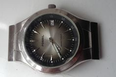 ON AUCTION ON THURSDAY 9 SEPTEMBER FROM 8pm.....MENS FOSSIL ARKITEKT STAINLESS STEEL CALENDAR QUARTZ WATCH FOR SPARES OR REPAIRS