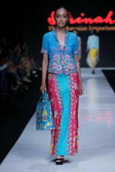 Batik Kebaya, Batik Dress, Kimono, Batik Blazer, Indonesian Kebaya, Modern Kebaya, Jakarta Fashion Week, Mature Women Fashion, Batik Fashion