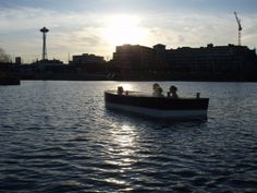 hot tub boat rentals for your next visit to Seattle
