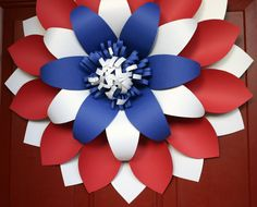 Fourth of july wreath / front door wreaths /patriotic wreath Wreaths And Garlands, Holiday Wreaths, Holiday Crafts, Paper Wreaths, Patriotic Wreath, 4th Of July Wreath, Patriotic Flags, Paper Flower Wall, Paper Flower Backdrop