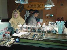 Managament/Research/Trip: Cafe Kopilogi,Tempat Berdiskusi Dan Menikmati Anek...