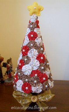 Árvore de natal fuxiqueira by Ei menina! - Erica Catarina, via Flickr