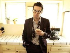 Mayer Hawthorne, i love his style- makes him so attractive.