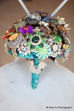 Brooch wedding bouquet love-just-love