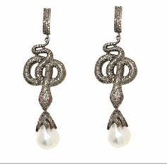 @lorikassin #young #beautiful and #talented, this #NY #jewelry #designer appreciates #classic #designs with a #contemporary look #gold #diamonds #gems #pearls #earrings #neclaces #rings #bracelets