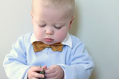 no sew bowtie (would take maybe 5 minutes and 20 cents worth of felt!)