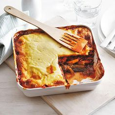 Recept - Moussaka - Allerhande Oven Recipes, Easy Dinner Recipes, Baking Recipes, One Dish Dinners, One Pot Meals, Oven Dishes, Moussaka, English Food, Greek Recipes
