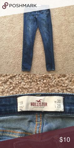Hollister Skinny Jeans • These jeans are in great condition!  • No Damage!  • Smoke and Pet free home!  • YES Reasonable Offers✅ • No Trading❌ • No Modeling❌ Hollister Jeans Skinny