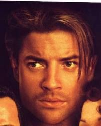 Brendan Fraser...  MUCH sexier with brown eyes!!!