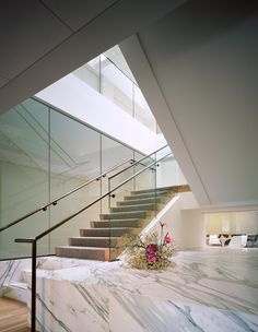 #office #marble #modern Marble Staircase, Staircases, Stairs, Modern, Beautiful, Home Decor, Stairway, Trendy Tree, Decoration Home