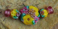 Glass Lampwork Beads Garden Flowers Rose Buds by carolynsbeads