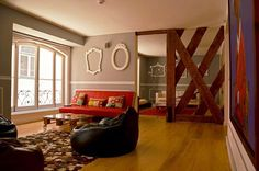 3 Portuguese hostels in the top 10 of the best luxurious hostels in Europe - via The Guardian, 24.01.2013 | The Independente Hostel, Lisbon (1st) / Gallery Hostel, Porto (2nd) / Stay Inn Hostel, Lisbon (7th) | Photo: Luxury hostels - Stay Inn Hostel, Lisbon