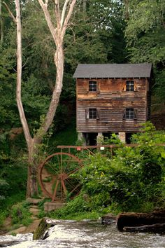 Meytre Grist Mill at McGalliard Fall NC. Here you relax with these backyard landscaping ideas and landscape design. Old Grist Mill, North Carolina Homes, Carolina Usa, Water Powers, Water Mill, Old Barns, Le Moulin, Covered Bridges, Old Buildings