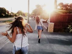 18 cosas que solo entenderan los mejores amigos a larga distancia