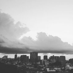 日が落ちるの早くなりましたね 夕日見れなかったー 11 september 2015 at 6.01pm #sky #ciel #clouds #nuages #sunset #skyline #bnw #blackandwhite #monochrome #instajapan #instagramjapan #igersjp #tokyo #japan #イマソラ #空 #雲 #入道雲 #夕空 #東京 by misako310
