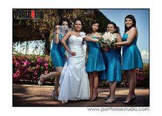Damas de azul ideal para tu boda en playa por Bodas Huatulco