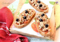 Bruschette sfiziose con tonno, olive e capperi-ricetta antipasti-golosofia