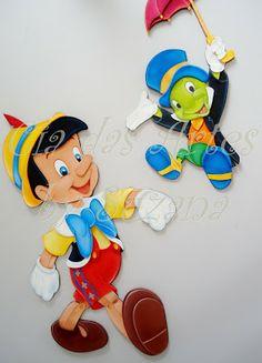 cia da arte: Histórias e contos infantis. Foam Crafts, Preschool Crafts, Fabric Crafts, Cartoon Boy, Felt Patterns, Bible Crafts, Disney Cartoons, Square Quilt, Mosaic Art