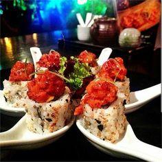 Just some tasty lookin' looking sushi @idreamofsushi_ #SUSHIMODE #sushi #sushitime #sushilovers #sushibar #sushilover #restaurantlife #japanesefood #foodaholic #foodstagram #foodporn #foodgasm #salmon #guiltypleasures #foodlover #instagood #foodie #yum #yummy #hungry #nomnom #sushis #gourmet #lunch #delish #grub #munchies #nomnom #repost