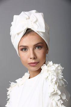 White turban hat with bow, Fashion turban, Full turban, Chemo hat, White Head co… – Hair Accessories İdeas. Turbans, Turban Headbands, Knitted Headband, Headscarves, Mode Turban, Turban Hijab, Head Turban, Turban Style, Mode Outfits