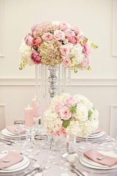 How to Have Inexpensive Elegant Wedding Decorations Wedding Flower Arrangements, Floral Centerpieces, Wedding Centerpieces, Wedding Bouquets, Floral Arrangements, Wedding Decorations, Decor Wedding, Tablecloth Decorations, Tall Centerpiece