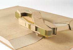 UNStudio (Ben van Berkel, Caroline Bos). Möbius House, Het Gooi, 1993-1998  Maquette  Plastique, carton, bois  9 x 79.2 x 50 cm
