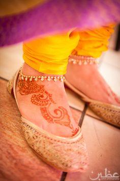 Hibba and Rabah–Mehndi; Asian Wedding Dress, South Asian Wedding, Anklet Jewelry, Anklets, Jewellery, Mom Characters, Leg Chain, Beautiful Henna Designs, Espadrille Shoes
