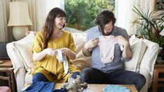 Les pères qui s'impliquent dans leur rôle de futur parent pourraient aider à préserver la santé de leur enfant Futur Parents, Celerie Rave, Couple Photos, Couples, Kid, Couple Shots, Couple, Couple Pics