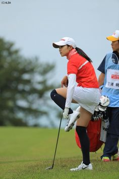 Girls Golf, Ladies Golf, Golf Range Finders, Sexy Golf, Golf Putting Tips, Best Golf Courses, Golf Tips For Beginners, Golf Exercises, Perfect Golf