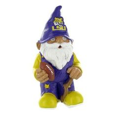 Even gnomes know who to root for.