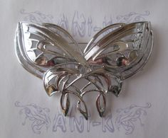 BROCHE ARWEN http://www.anik.es/epages/64099406.sf/es_ES/?ObjectPath=/Shops/64099406/Products/CN001V001