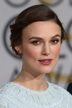 How Keira's stylist changed the way she dresses on the red carpet: http://vogue.uk/iOtEW9