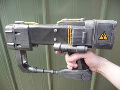 Fallout AEP7 laser pistol by chanced1 on DeviantArt
