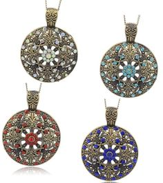 Anhänger in antik-bronze Optik und Strass-Steinen. www.perlensucht.at Crochet Earrings, Bronze, Drop Earrings, Jewelry, Fashion, Pearls, World, Moda, Jewels