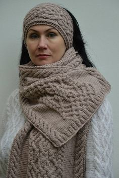 traditional aran warm cozy cable knit scarf winter  merino #knitting