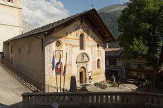 """église Saint-Jacques d'Assyrie© <a  href=""""javascript:openContact('http://commons.wikimedia.org/wiki/User:EdouardHue');"""" style=""""text-decoration: none; color: white;"""">EdouardHue  &nbsp- Voir la galerie du photographe</a>"""
