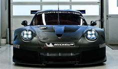 Porsche 911 RSR 2016, en pruebas para competir en 2017 - http://autoproyecto.com/2016/05/porsche-911-rsr-2016.html?utm_source=PN&utm_medium=Pinterest+AP&utm_campaign=SNAP