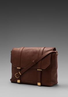 Marc by Marc Jacobs Natural Selection Messenger in Cinnamon Stick! PERFECT CAMERA BAG!