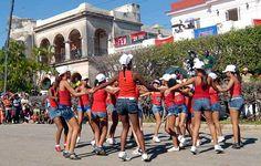 La gala de premiaciones del proyecto Cubaila 2014 inició la celebración en Cuba por el Día Internacional de la Juventud. Los participantes saludaron el cumpleaños 88 del líder histórico de la Revolución Fidel Castro Ruz, padre del movimiento deportivo cubano