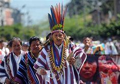 Members of Colombian indigenous communit