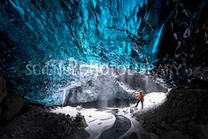 Adventure guide in an ice cave under the Vatnajokull ice cap, Iceland. Vatnajokull (Vatna Glacier) is the largest and most voluminous ice cap in Iceland. C029/9207 Credit: Jeremy Walker/Science Photo Library